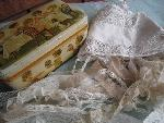 lace in box