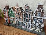 5 canal houses