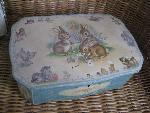 biscuits tin box
