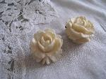 ivory rose earclip
